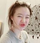 구혜선, 그림 작업 중 익살스러운 표정+귀여움… 직업이 몇개야?