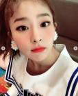 레드벨벳 슬기, 블랙핑크 제니·마마무 화사 제치고 1위… '복근·비밀언니·파워업'