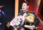 양의지,125억원에 NC행 인간승리ㆍ나성범 김성욱등 고교 후배들과 한솔밥