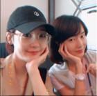 이정현, 성유리와 데이트 사진 공개...'90년대 요정들의 만남'