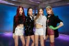 'BTS·블랙핑크…' 아이돌 앞세워 잠재고객 확보 나선 은행권