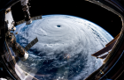 따뜻한 지구가 낳은 괴물 '슈퍼태풍'