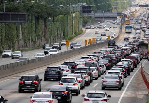 [똑똑보험] 또 오르는 車보험료, 저렴하게 올라타는 법